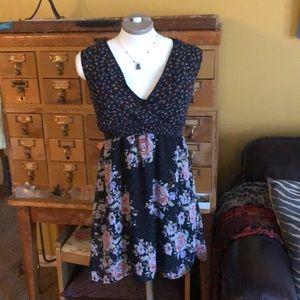 XS/ pins & needles Short black pink roses dress